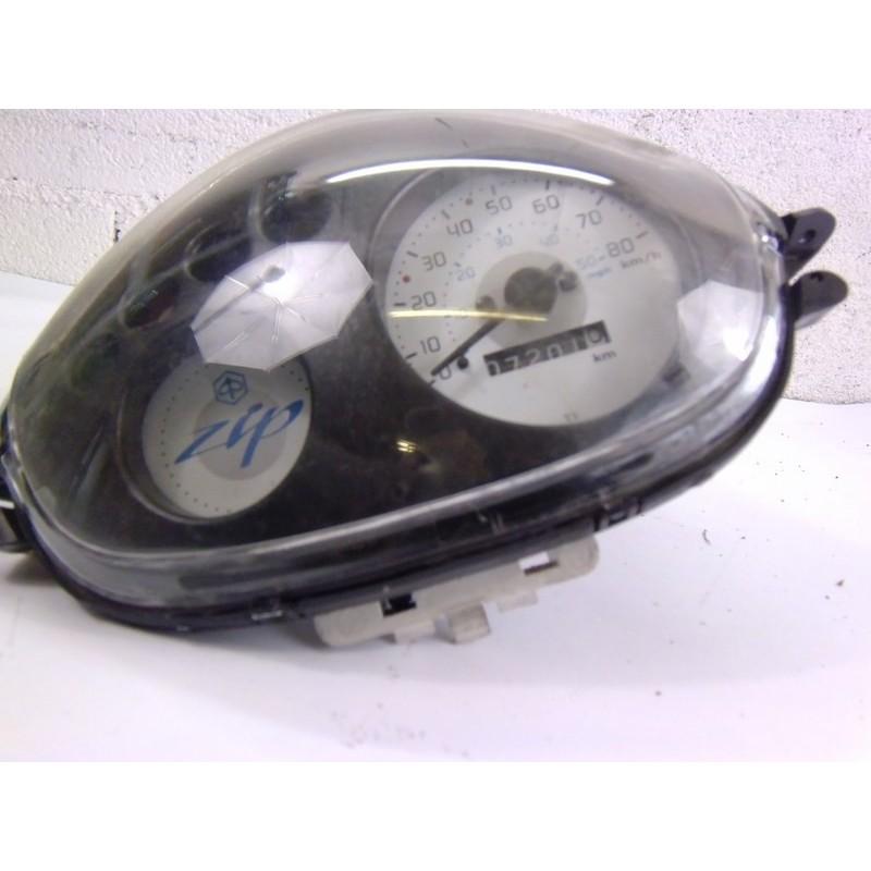 optique de phare avec compteur piaggio zip 50 moto et. Black Bedroom Furniture Sets. Home Design Ideas