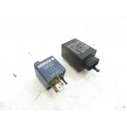 RELAIS - HONDA CBR 900  SC33B